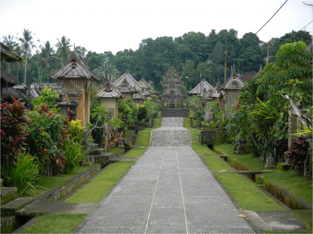 10 Desa Dengan Pemandangan Terindah Di Dunia, Salah Satunya Ada Di Indonesia