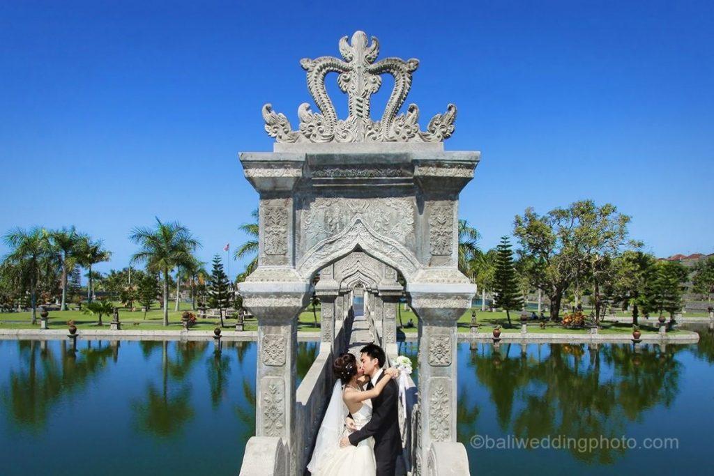 Foto Prewedding Jogja Dengan Lokasi Alam Dan Pegunungan: Lokasi Foto Pre-wedding Yang Indah Di Bali