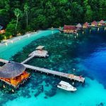 Pulau Ora - Tempat honeymoon romantis Indonesia