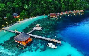 Tempat bulan madu di Indonesia - Pulau Ora