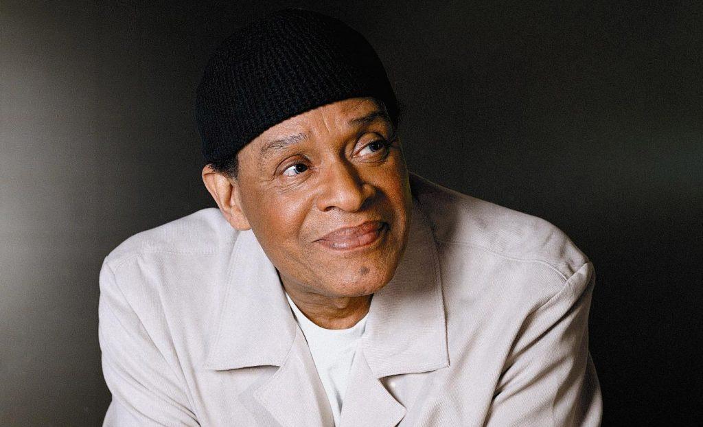 R.I.P. Penyanyi jazz dan R&B legendaris Al Jarreau meninggal pada usia 76 tahun