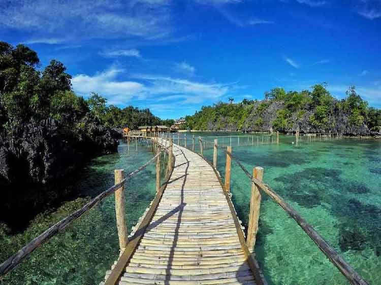 Tempat bulan madu di Indonesia - Pulau Labengki