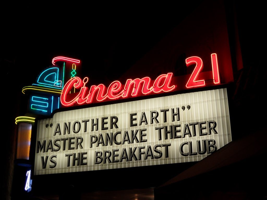 Gak nyangka, ternyata ini asal usul angka 21 di nama-nama bioskop