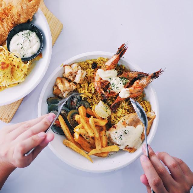 Tempat makan murah di Jakarta - Fish Streat