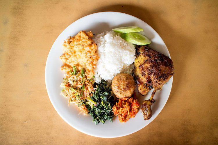 Tempat makan murah di Jakarta - Nasi Bebek Ginyo