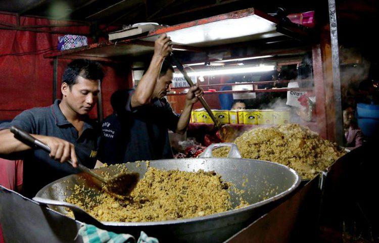 Tempat makan murah di Jakarta - Nasi Goreng Kambing Kebon Sirih