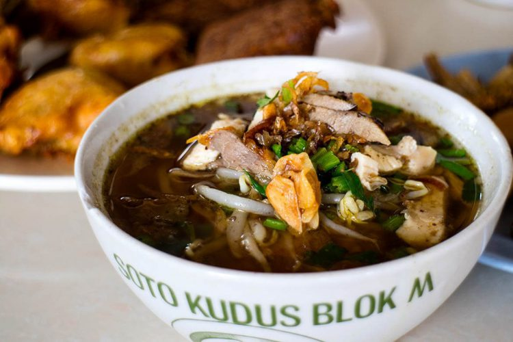 Tempat makan murah di Jakarta - Soto Kudus Blok M