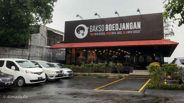 Tempat makan murah di Jakarta - bakso boedjangan