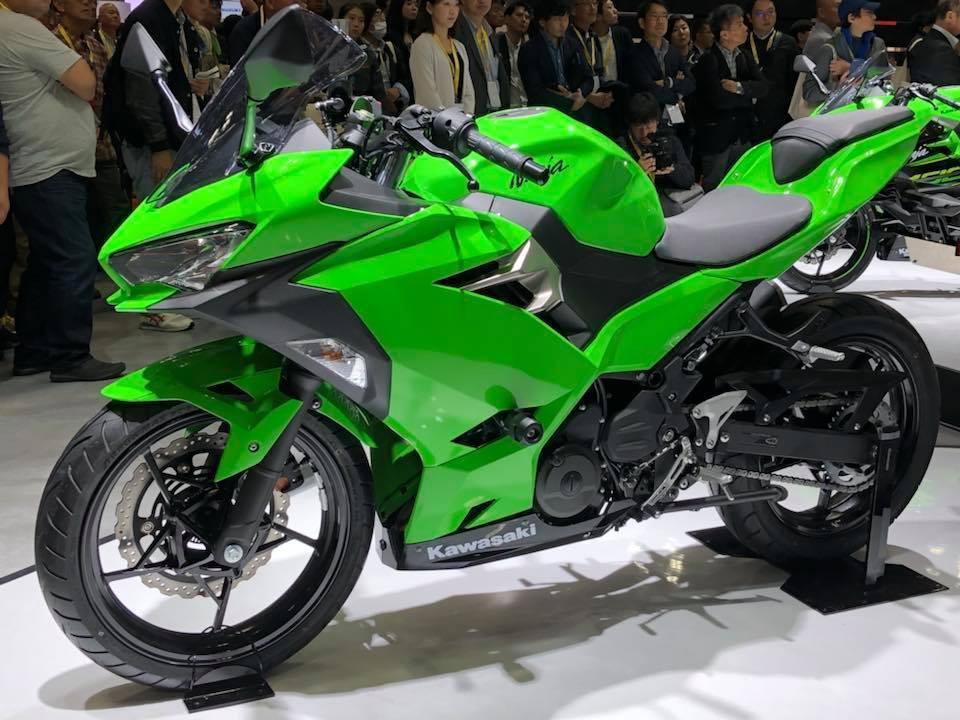 Spesifikasi All New Kawasaki Ninja 250 beserta kelebihan dan kekurangannya
