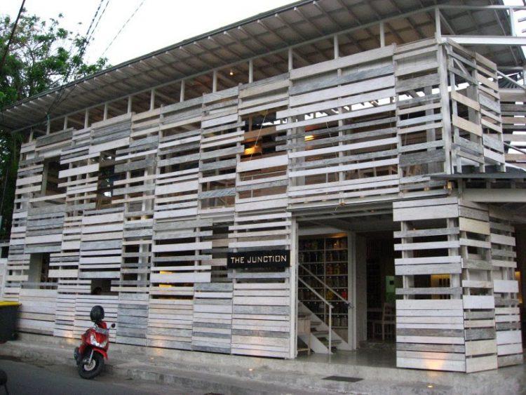 Tempat nongkrong asik di Bali - The Junction Seminyak