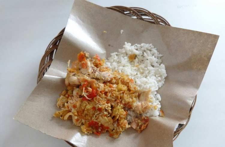 Tempat makan murah di Jogja - Ayam geprek Bu Rum