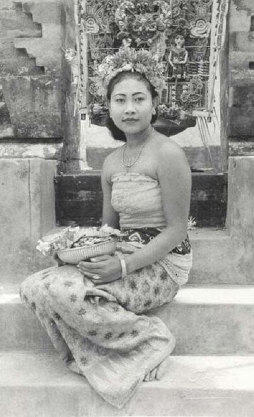potret kecantikan wanita indonesia jaman dulu masih polos