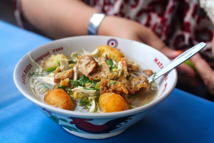 Tempat makan murah di Jogja - Soto Ayam Pak Man