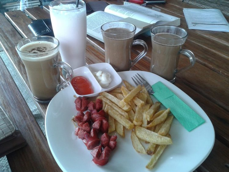 Tempat makan murah di Bandung - Warung Sitinggil