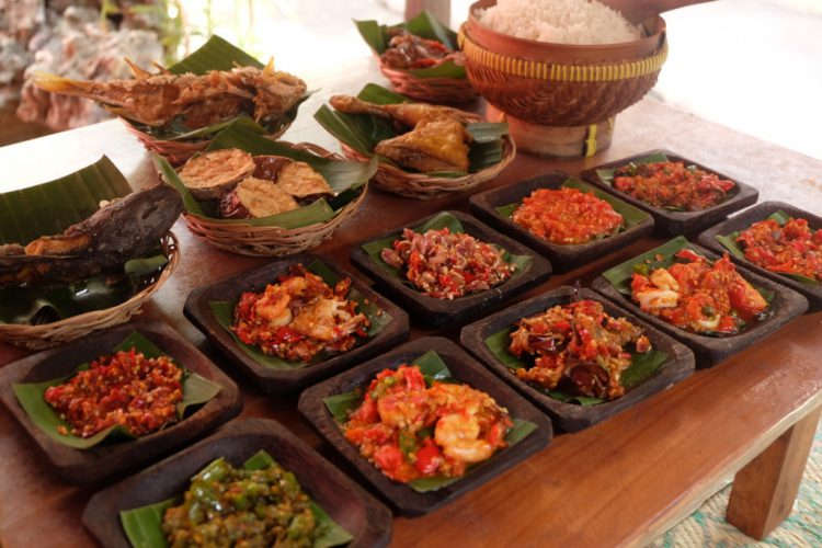 20 Tempat Makan Enak Dan Murah Di Jogja Yang Wajib Dikunjungi