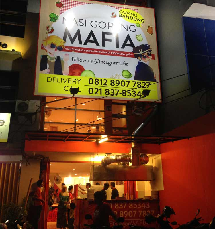 Tempat makan murah di Bandung - Nasi Goreng Mafia