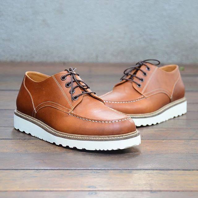Sepatu buatan lokal yang bagus - Zevin