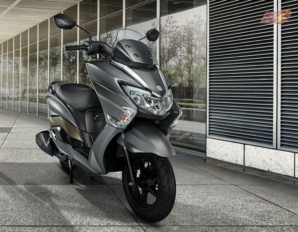 Suzuki Burgman Street 125CC, Pesaing Yamaha NMAX dan Honda PCX