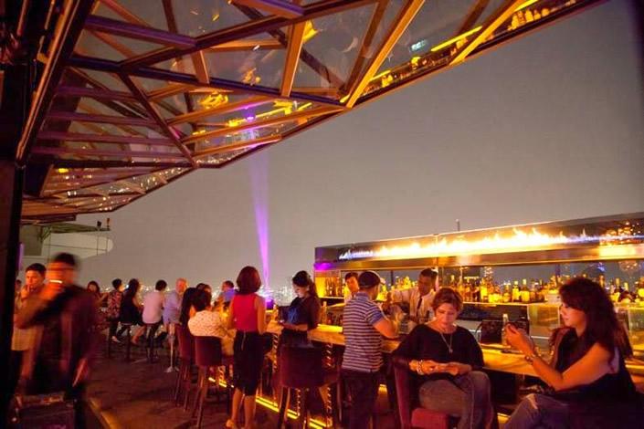 Tempat terbaik merayakan tahun baru di Jakarta - Cloud Lounge