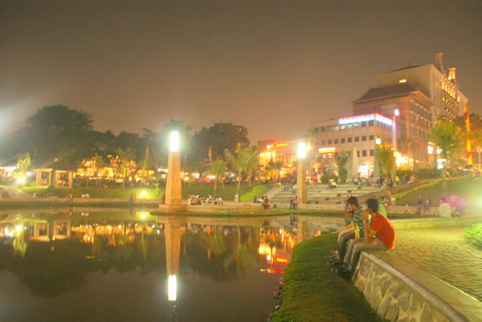 Tempat terbaik merayakan tahun baru di Jakarta - Taman Barito