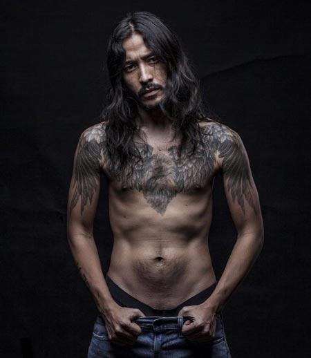 Artis Indonesia Yang Memiliki Tato - Ello