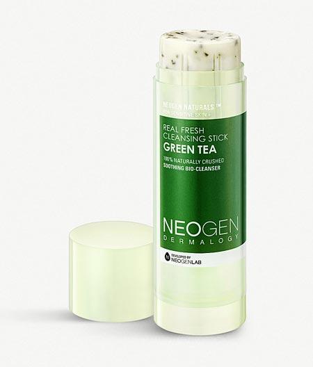 Produk Skincare Yang Trending di Indonesia - Neogen Real Fresh Green Tea Cleansing Stick