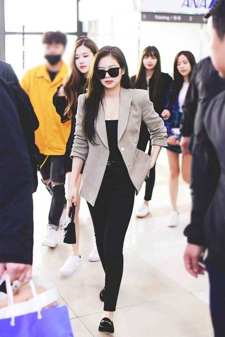 Gaya Fashion Ala Blackpink - Jennie