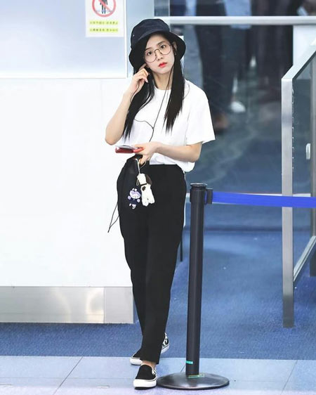 Gaya Fashion Ala Blackpink - Jisoo