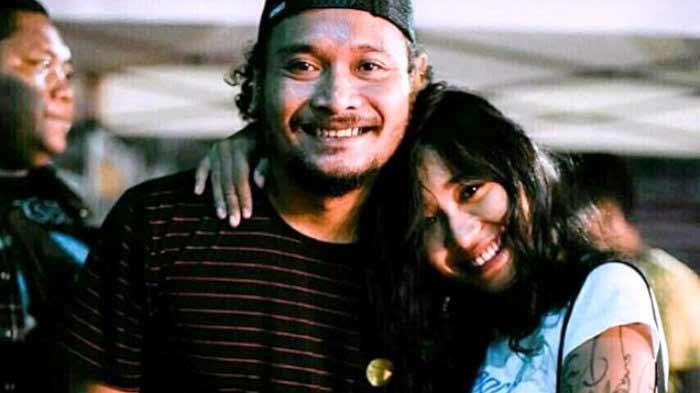Daftar Artis Indonesia Dan Dunia Yang Meninggal Ditahun 2018 - Indra Made Navicula