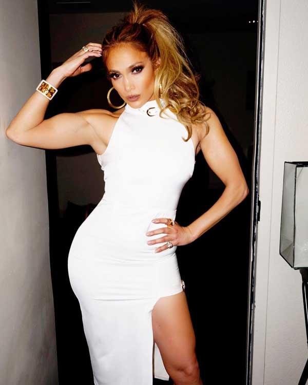Artis Barat Dengan Bentuk Tubuh Paling Sempurna - Jennifer Lopez