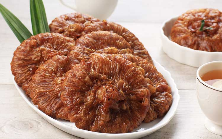 Makanan dan Minuman Khas Jakarta - Kue Cucur