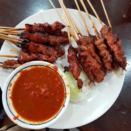 Makanan dan Minuman Khas Bali - Sate Plecing