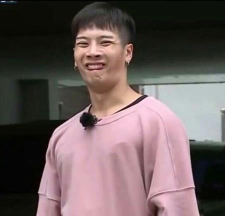 Idol Kpop tertangkap Kamera Berwajah Jelek - Jackson Wang