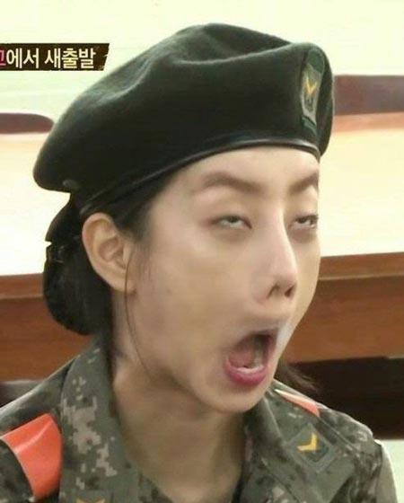 Idol Kpop tertangkap Kamera Berwajah Jelek - Hyeri Girls Day