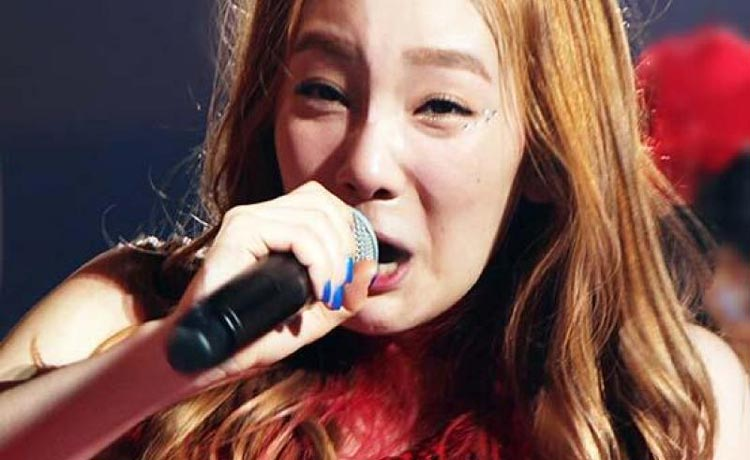 Idol Kpop tertangkap Kamera Berwajah Jelek - Taeyeon SNSD