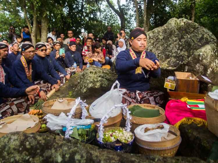 Fakta Lagu Lingsir Wengi Produk Pemanggil Kuntilanak Dipakai untuk menolak Bala
