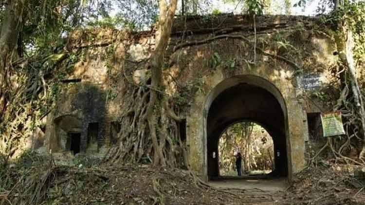 Fakta Mengerikan Seputar Nusa Kambangan Banyak cerita mistis