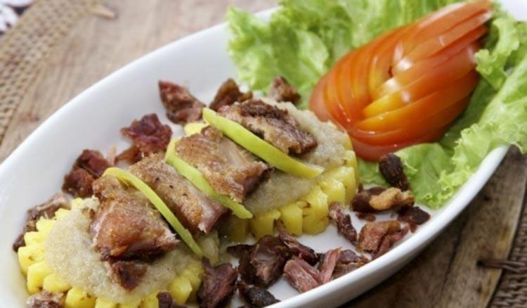 Makanan dan Minuman Khas Jogjakarta - Bebek Suwar Suwir