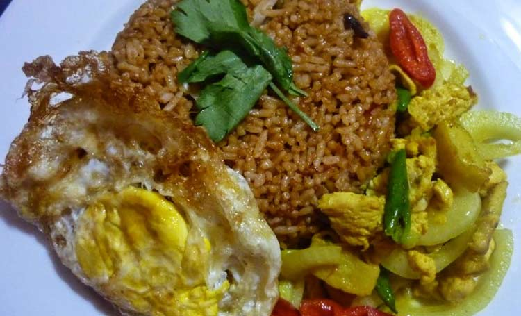 Makanan dan Minuman Khas Jogjakarta - Nasi goreng Beriharjo