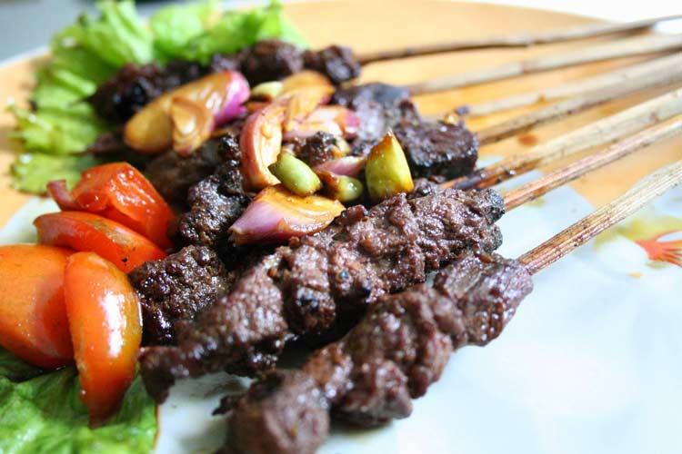 Makanan dan Minuman Khas Jogjakarta - Sate Kuda