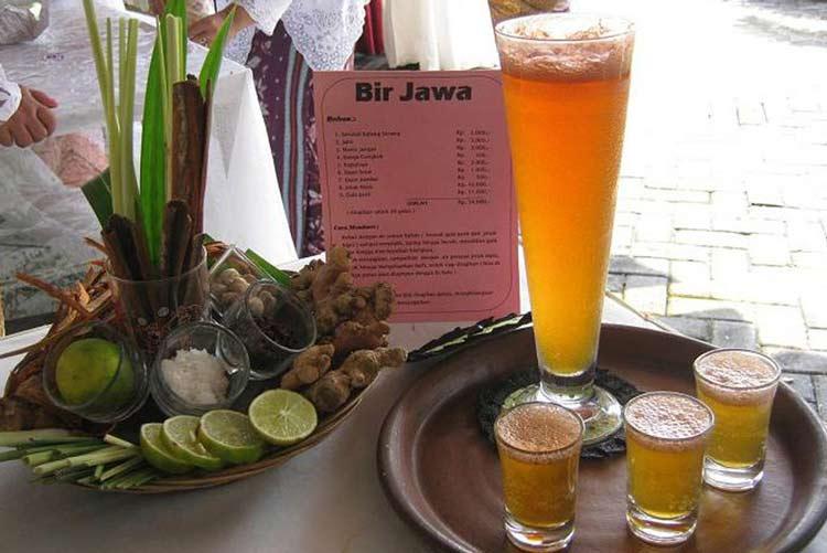 Makanan dan Minuman Khas Jogjakarta - Beer Jawa / Bir Pletok
