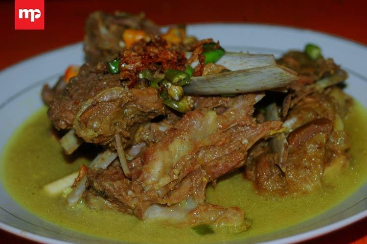 Makanan dan Minuman Khas Jogjakarta - Tengkleng Daging