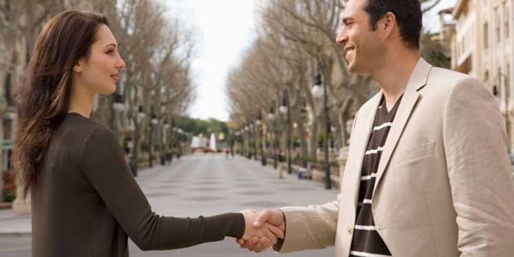Cara PDKT Yang Paling Ampuh Untuk Mendapatkan Pacar - Pastikan kamu sudah berkenalan dengan orang yang kamu taksir