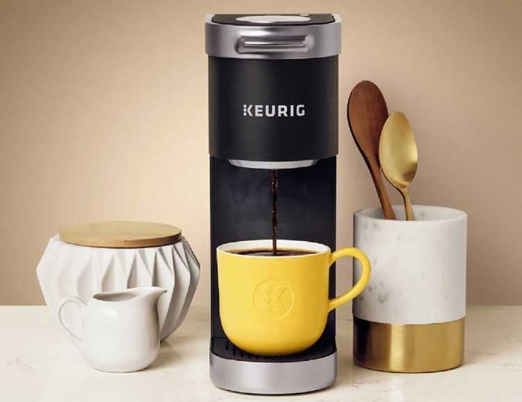 Tips Memilih Kado Ulang Tahun Untuk Pacar Pria - Coffee maker portabel
