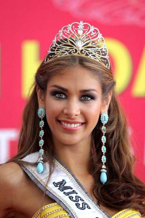 Pemenang Miss Universe Dari Waktu Ke Waktu - Dayana Mendoza - 2008