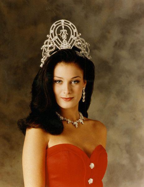 Pemenang Miss Universe Dari Waktu Ke Waktu - Dayanara Torres - 1993