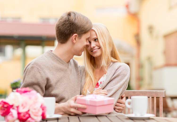 Tips Memilih Kado Ulang Tahun Untuk Pacar Pria - Gak harus mahal, yang penting istimewa