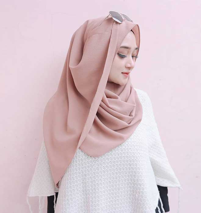 Tips Memilih Kado Yang Tepat Untuk Ultah Pacar Wanita - Hijab