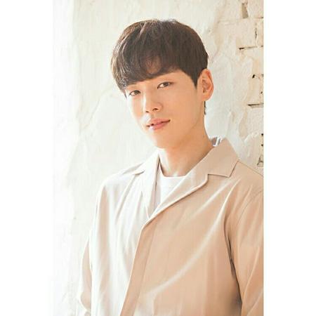 Deretan Artis Pendatang Baru Korea 2019 - Kim Jung Hyun