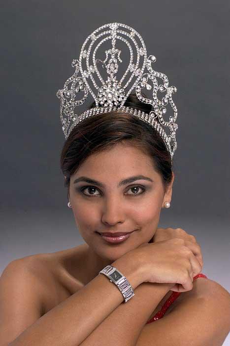 Pemenang Miss Universe Dari Waktu Ke Waktu - Lara Dutta - 2000